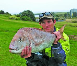 Anthony Dinsdale with his 6kg snapper caught off the Lee.