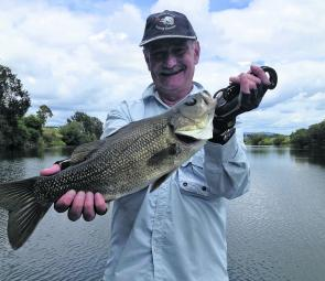 Bass of this quality are common in the Macleay system.