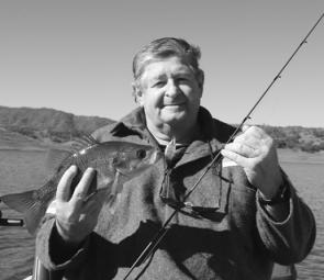 Les Dunn plumbed the depths of Glenbawn down to 13m to pick up this bass on a Jackall Mask.