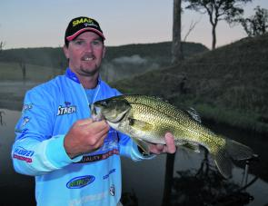Tournament angler Wayne Beazley used a simple 50mm popper to good effect at Lake St Clair, snaring a number of good bass after sunset and again very early in the morning.