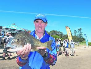 Darryl Head's winning bag was anchored by the event's Hogs Breath Boss, a 1.74kg fish that fuelled his maiden Grand Final win.