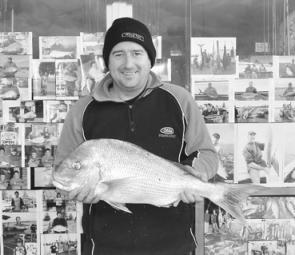 Andrew Simpson took this lovely 4.5kg snapper from the Lee Breakwall.