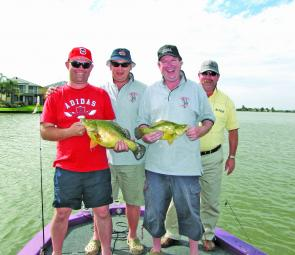 A group of very happy Canberra anglers with some prime Mulwala gold.