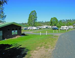 Powered sites are provided with their own amenity block and camp kitchen.