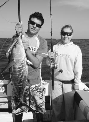 Andrew and Rebecca Finney with a fat little yellowfin taken on a Halco Laser Pro 190 DD and Torsa/T-Curve 200 combo.