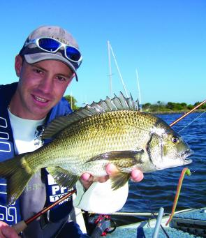 Bream often hold high in the water column directly under yachts with large keels and can be targeted successfully with hard-bodied lures. When fish are holding around the base of a mooring, lightly weighted soft plastics are better options.