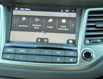 "An impressive 8"" screen dominated the Tucson's well set out dash area."