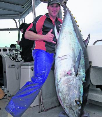 When it comes to big tuna, Simon Rinaldi from Red Hot Fishing Tackle knows only to well the importance of using quality tackle and rigging everything right.
