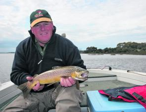 Merv Williamson reminds us all that there are still some awesome brown trout in Arthurs Lake.