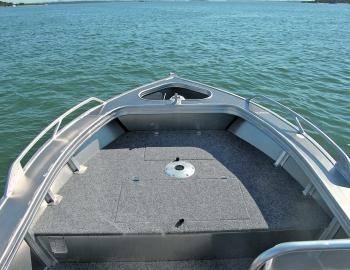 Under the forward casting deck there's a 109L catch well and general storage compartment, plus a seat position.