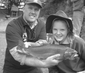 Get the kids along to one of the Fishcare Hook, Line and Sinker activity sessions during the school holidays for some angling advice and assistance.