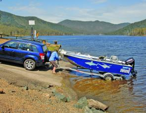 Excellent seat height offered plenty of rear visibility to assist in reversing down the ramp at Borumba Dam.