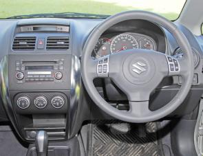 Wheel mounted audio and cruise control systems are SX4 features.