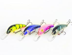 My favourite colours include (left to right) 28 green scale, 44 people eater, FWF pink and purple (not available) and the ever reliable 45 pepe. And yep I am a fan of the clear, deep diving bib.